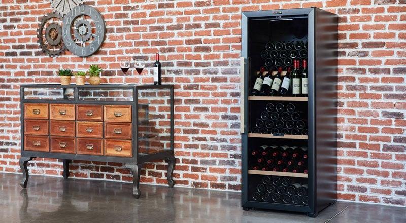 Cave à vin dans un garage